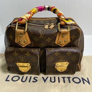 💯 Authentic Authentic Louis Vuitton Manhattan PM